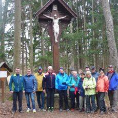 Senioren – Wanderung zum Biotop im Föhrenwald