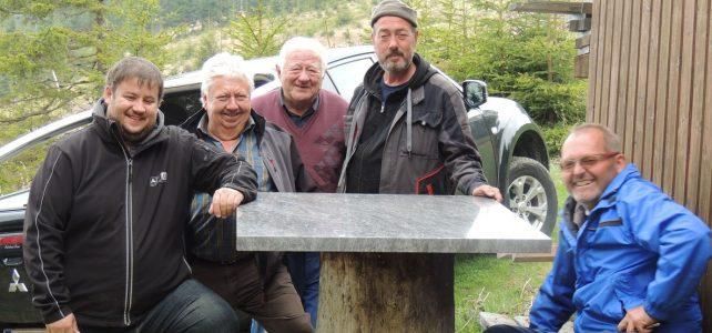 ÖTK Österreichischer Touristenklub Sektion Neunkirchen-Alpkogelhuette_Fruehjahrsreinigung-2019
