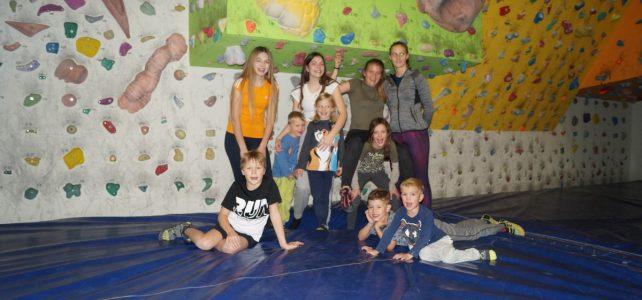 Jugend – Bouldern in der Naturfreundehalle