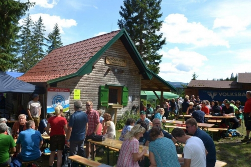 OeTK-Neunkirchen-Alpkogel-Alpkogelkirtag-20190815-032