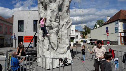 OeTK-Neunkirchen-Kletterturm-mini9kirchen 20190510-011