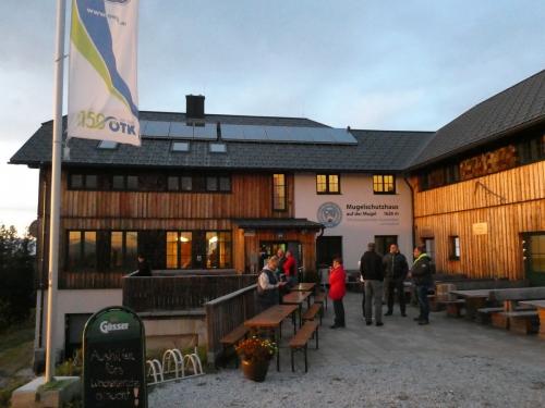 OeTK-Neunkirchen-Sektionentagung-Mugelschutzhaus-2019-004