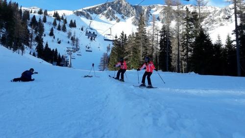 OeTK-Neunkirchen-Jugend-Skitag-Veitsch Skisprung 20190216-005