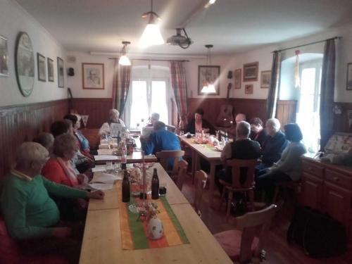 OeTK-Neunkirchen-Senioren-Musikabend-im-Klubheim 20190428-001