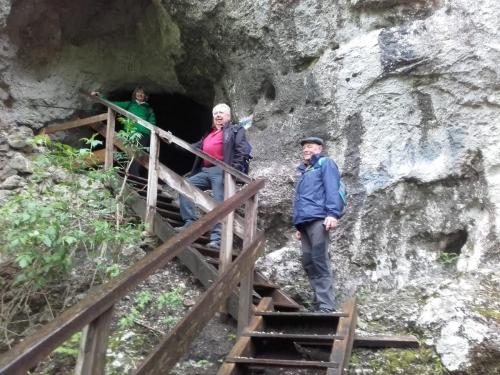 OeTK-Neunkirchen-Seniorenwanderung-Steinwandklamm 20190515-001