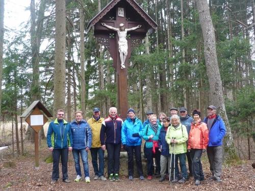 OeTK-Neunkirchen-Seniorenwanderung Biotop-Föhrenwald 20190313-005