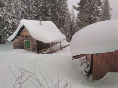 OeTK-Neunkirchen-Alpkogelhuette-20190124-004